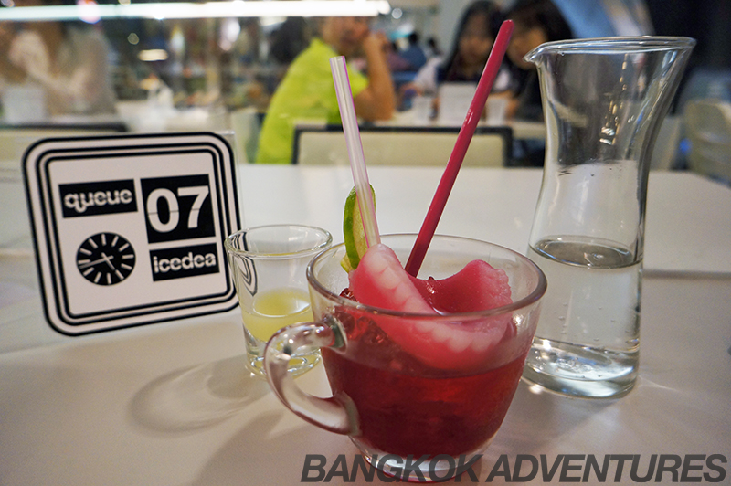 The Grandma's Teeth drink at Icedea ice cream cafe Bangkok