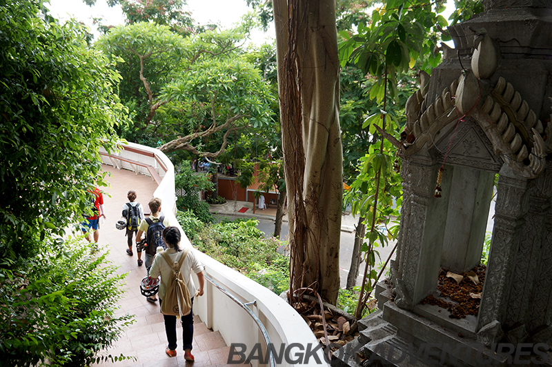 Visiting some off the beaten path temples in Bangkok on the Just Nok bike tour