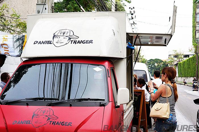 Daniel Thaiger gourmet burger food truck Bangkok - Bangkok Adventures