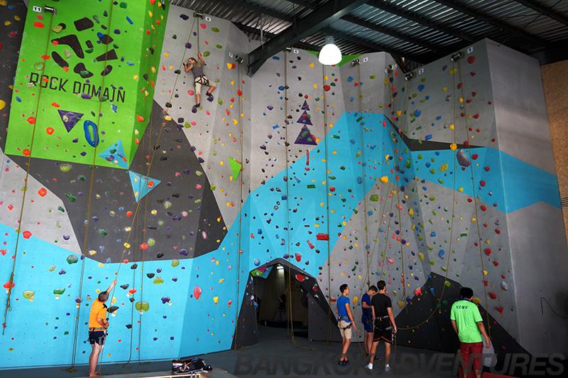 Top rope and lead rope at Rock Domain Climbing Gym, Bangkok