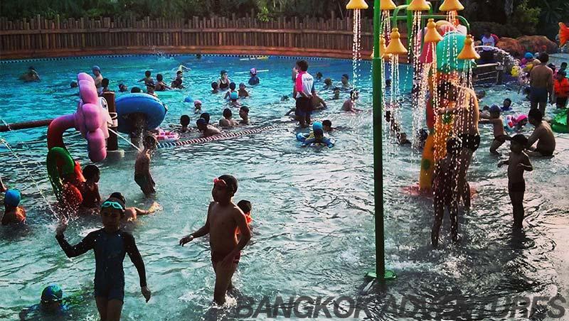 Fantasia Lagoon Water Park in Bangkok