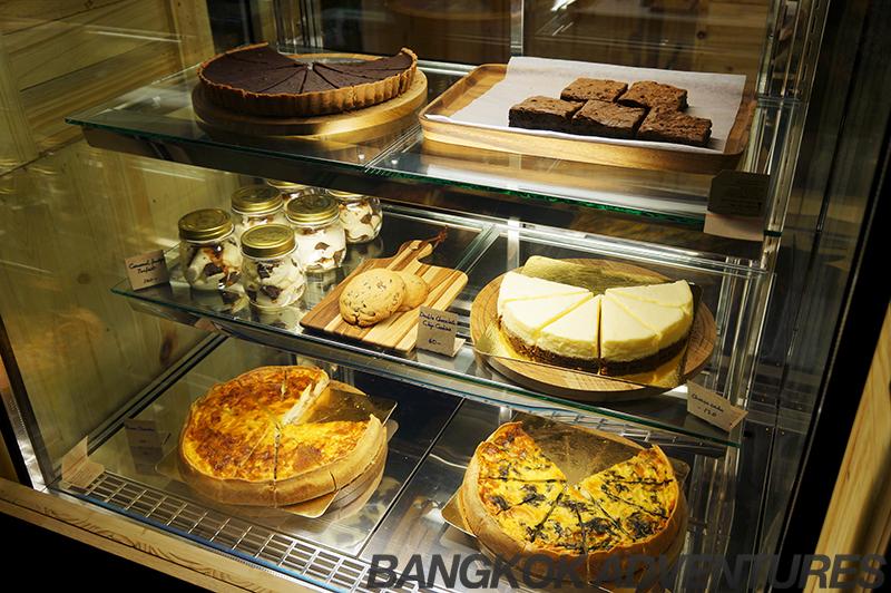 Food at the Game Over Lounge, Bangkok