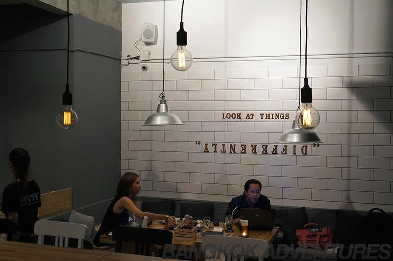 Dexter Cafe & Bar Bangkok